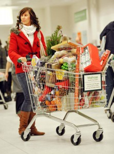 Shoppers predicted to spend £22.2bn over the festive period, reports IGD