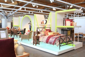 Online sales growth to cut home store numbers by 4,000 by 2015, study shows