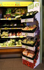 Spar UK rolls out Fresh for Less promotion to stores and bespoke display units