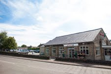 Spar plays to local credentials with new farm-shop style store and café in Derbyshire