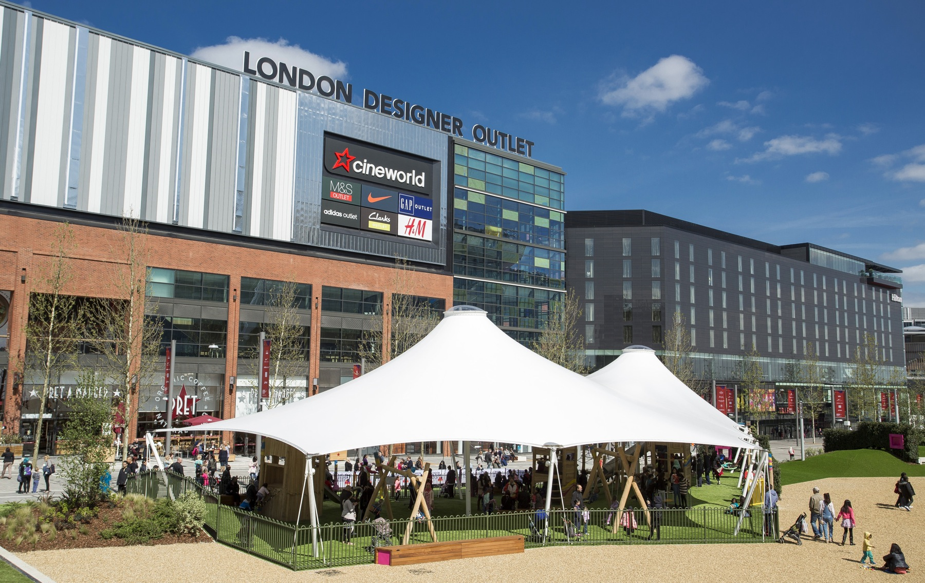 3fa6ade9c7baf3 London Designer Outlet enjoys signicant boost to footfall and sales over  Black Friday weekend – Retail Times