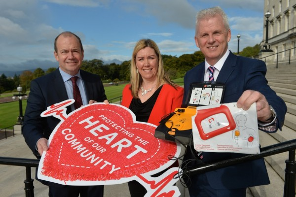 Northern Ireland's chief medical officer Dr Michael McBride who has given his full support to the campaign, with Henderson Group's head of corporate marketing, Bronagh Luke and sales & marketing director Paddy Doody