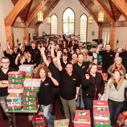 Spar spreads festive sparkle to support Operation Christmas Child