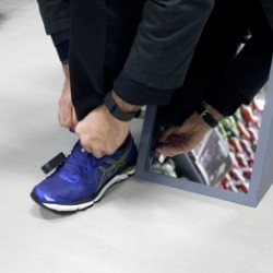 Social proof helps SportsShoes customers to make more informed buying decisions and improves conversion rate by 4.5%+
