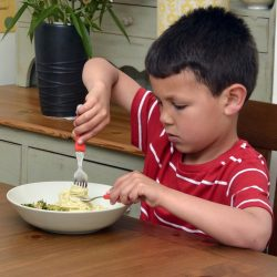 CleverstiX.com aims to train kids to eat correctly with new Clever Fork & Spoon Set