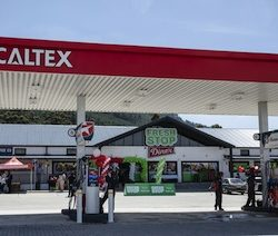 FreshStop at Caltex opens its largest forecourt convenience store in South Africa