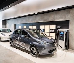 Centre:mk celebrates the launch of the UK's firstElectric Vehicle Experience Centre