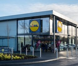Lidl opens its 800th store in Great Britain