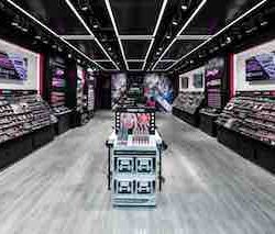 Bullring made up with NYX Professional make-up opening
