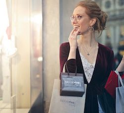 Why retail needs to bring online service in-line with  in-store experience