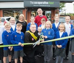 Co-op opens new store in Leicestershire following investment of £1.8m and the creation of 20 jobs
