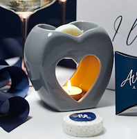 Ava May Aromas launches Valentine's Day gift box