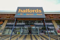 Halfords offers free £15.00 10 point car check to all NHS workers, emergency workers, teachers and members of Armed Forces
