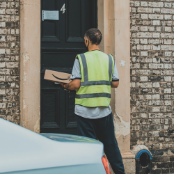 Courier roles expected to continue to soar in 2021 as online ordering soars, new reports finds