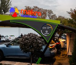 Uzbekistan's Makro grocery chain to roll out 30 electric vehicle charging stations