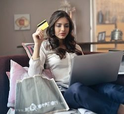 Online retail sales hold steady in March, IMRG Capgemini Online Retail Index reveals