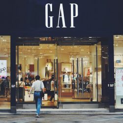 """Gap performs """"emergency operation"""" to save UK business, says Retail Economics"""